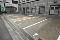 お車でのアクセス・駐車場のご案内