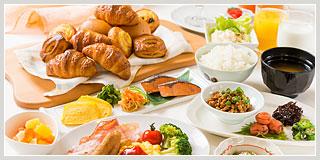 point02 パン・サラダなどの朝食が無料