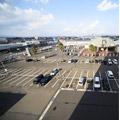 無料駐車場100台完備